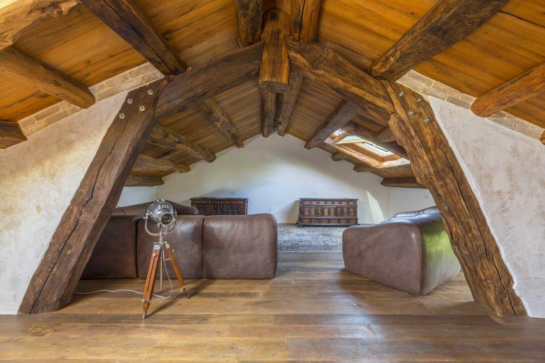 Solaio in castagno antico con tavole in rovere antico 2° patina massiccio