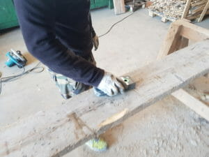 Strumento per l individuazione dei chiodi nel legno di recupero 300x225 - Strumento per l_individuazione dei chiodi nel legno di recupero